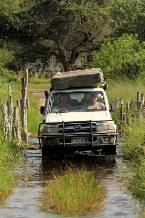 travel-adventures-botswana-road-conditions