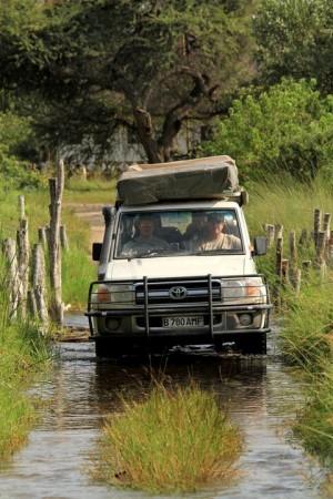 travel-adventures-botswana-road-conditions