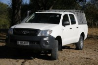 travel-adventures-botswana-4x4-vehicles-hilux-1